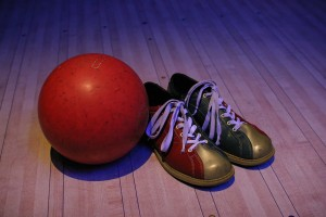 bowling-ball-shoes